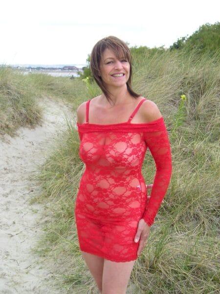 Femme infidèle vraiment très chaude cherche un mec pudique