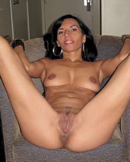 Femme mature coquine de Pau pour vous