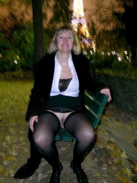Femme sexy très en manque cherche un homme tranquille