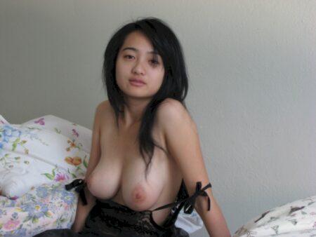 Pour libertin directif dispo qui veut une femme asiatique