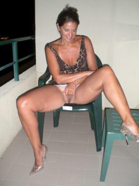 Très jolie femme sexy recherche unebonne rencontre pour femme adultère